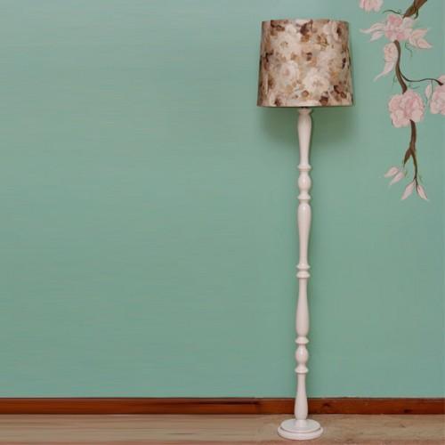 آباژور چوبی بلند گل پاییزی