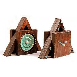 ساعت رومیزی چوبی مثلثی 3805