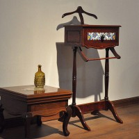 میز جالباسی ایستاده چوبی کلاسیک