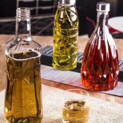 طراحی بطری شیشه ای