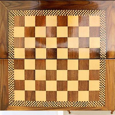ميز تخته نرد و شطرنج