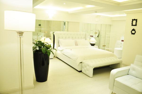 خرید لوازم اتاق خواب هتل