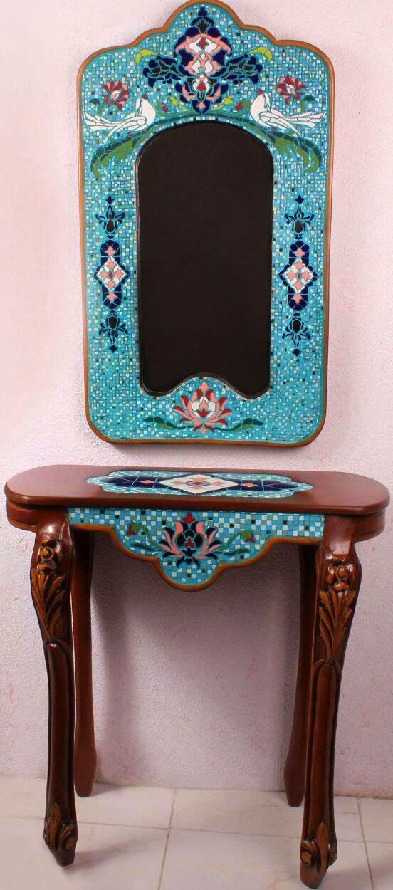 میز و آینه کنسول