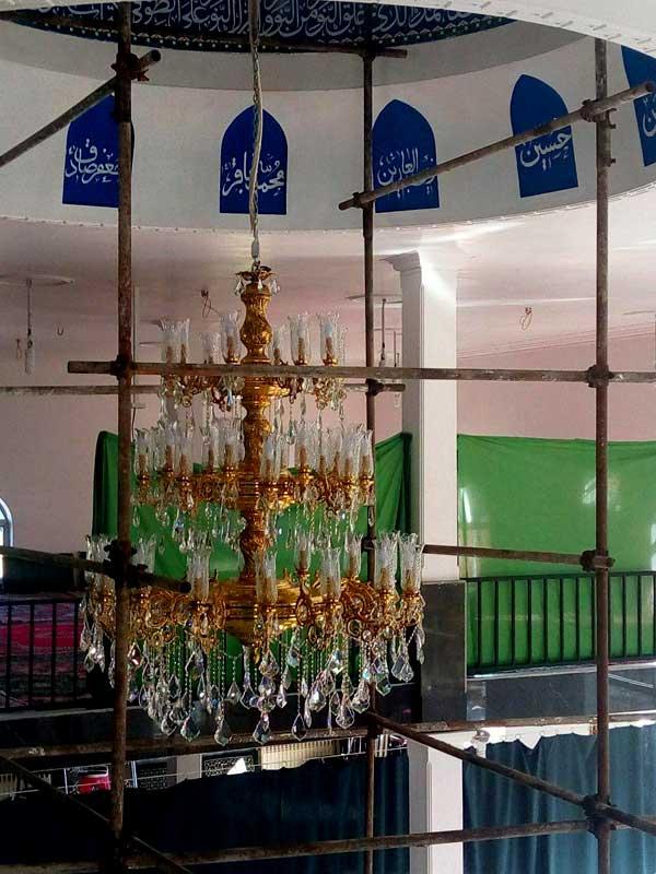 نصب و لوستر مسجد