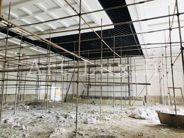 بازسازی لوستر تالار