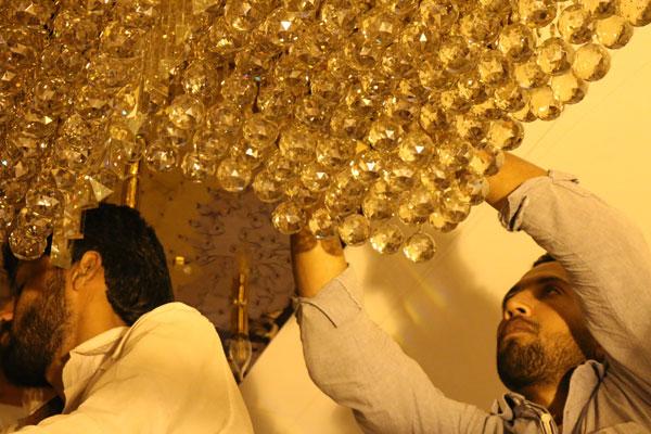 نصب لوستر سقفی در تهران