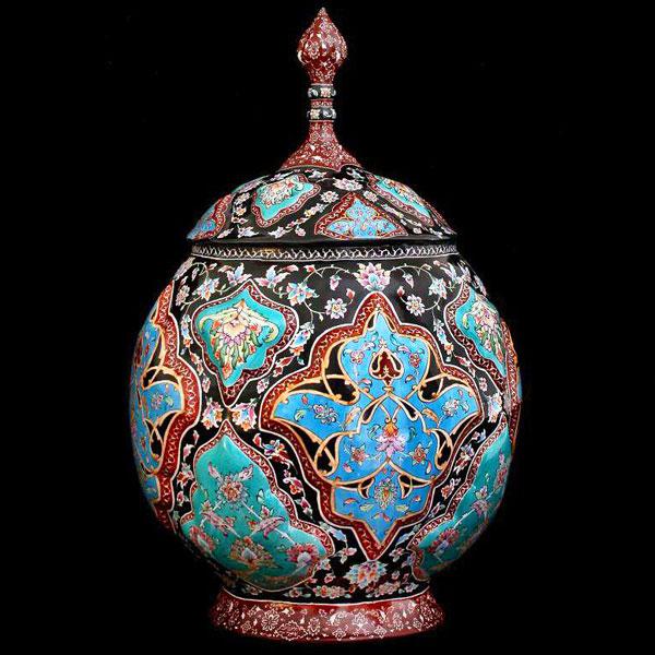 شکلاتخوری میناکاری اصفهان