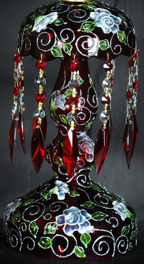 زنبق و پایه چراغ لاله نورزوی