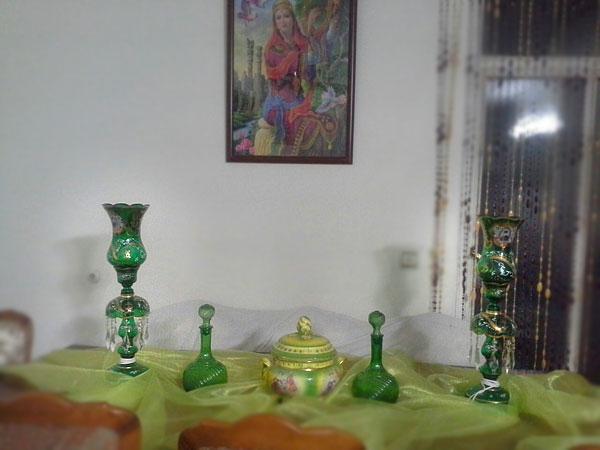 شمعدان شاه عباسی سبز